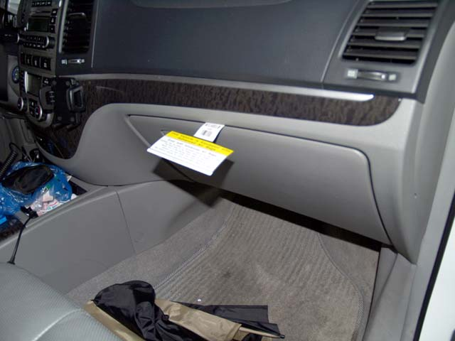 How To Change The Cabin Air Filter In Your Car Youtube ...